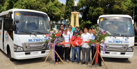 Isuzu turns over modern PUVs to Boracay transport cooperative thumbnail